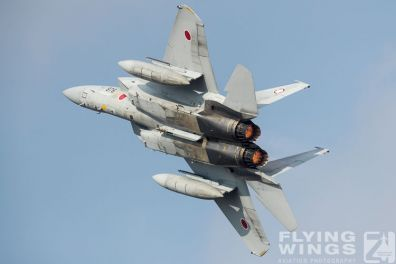 http://www.flying-wings.com/plugins/content/sige/plugin_sige/showthumb.php?img=/images/airshows/18_tsuiki/f15j2/Tsuiki_Airshow_F-15J-6027_Zeitler.jpg&width=396&height=300&quality=80&ratio=1&crop=0&crop_factor=50&thumbdetail=0
