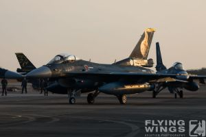 http://www.flying-wings.com/plugins/content/sige/plugin_sige/showthumb.php?img=/images/airshows/18_tsuiki/gallery/Tsuiki_Airshow_F-2-2289_Zeitler.jpg&width=180&height=200&quality=80&ratio=1&crop=0&crop_factor=50&thumbdetail=0