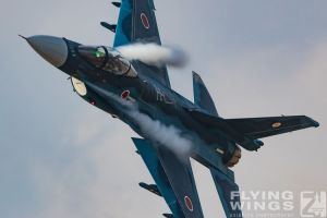 http://www.flying-wings.com/plugins/content/sige/plugin_sige/showthumb.php?img=/images/airshows/18_tsuiki/gallery/Tsuiki_Airshow_F-2_Duo-6078_Zeitler.jpg&width=180&height=200&quality=80&ratio=1&crop=0&crop_factor=50&thumbdetail=0
