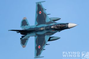 http://www.flying-wings.com/plugins/content/sige/plugin_sige/showthumb.php?img=/images/airshows/18_tsuiki/gallery/Tsuiki_Airshow_F-2_air-ground-5217_Zeitler.jpg&width=180&height=200&quality=80&ratio=1&crop=0&crop_factor=50&thumbdetail=0