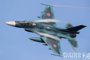 http://www.flying-wings.com/plugins/content/sige/plugin_sige/showthumb.php?img=/images/airshows/18_tsuiki/gallery/Tsuiki_Airshow_F-2_air-ground-5670_Zeitler.jpg&width=180&height=200&quality=80&ratio=1&crop=0&crop_factor=50&thumbdetail=0