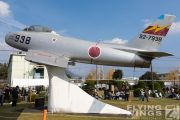 http://www.flying-wings.com/plugins/content/sige/plugin_sige/showthumb.php?img=/images/airshows/18_tsuiki/gallery/Tsuiki_Airshow_Gate_Guards-2603_Zeitler.jpg&width=180&height=200&quality=80&ratio=1&crop=0&crop_factor=50&thumbdetail=0