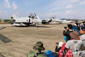 http://www.flying-wings.com/plugins/content/sige/plugin_sige/showthumb.php?img=/images/airshows/18_tsuiki/photogs3/Tsuiki_Airshow_so-5973_Zeitler.jpg&width=260&height=300&quality=80&ratio=1&crop=0&crop_factor=50&thumbdetail=0