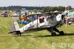 http://www.flying-wings.com/plugins/content/sige/plugin_sige/showthumb.php?img=/images/airshows/19_Hahnweide/Buecker_6/Hahnweide19_Bücker-2682_Zeitler.jpg&width=260&height=300&quality=80&ratio=1&crop=0&crop_factor=50&thumbdetail=0