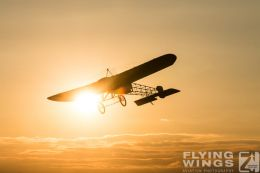 http://www.flying-wings.com/plugins/content/sige/plugin_sige/showthumb.php?img=/images/airshows/19_Hahnweide/Carlson_6/Hahnweide19_Bleriot-2796_Zeitler.jpg&width=260&height=300&quality=80&ratio=1&crop=0&crop_factor=50&thumbdetail=0