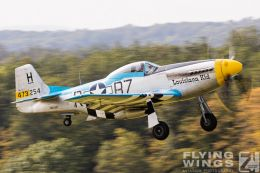 http://www.flying-wings.com/plugins/content/sige/plugin_sige/showthumb.php?img=/images/airshows/19_Hahnweide/Warbirds_9/Hahnweide19_P-51-9043_Zeitler.jpg&width=260&height=300&quality=80&ratio=1&crop=0&crop_factor=50&thumbdetail=0
