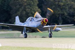 http://www.flying-wings.com/plugins/content/sige/plugin_sige/showthumb.php?img=/images/airshows/19_Hahnweide/Warbirds_9/Hahnweide19_P-51_Mustang-2713_Zeitler.jpg&width=260&height=300&quality=80&ratio=1&crop=0&crop_factor=50&thumbdetail=0