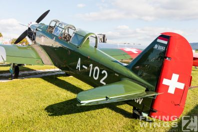 http://www.flying-wings.com/plugins/content/sige/plugin_sige/showthumb.php?img=/images/airshows/19_Hahnweide/bunt_6/Hahnweide19_Pilatus_P-2-8706_Zeitler.jpg&width=396&height=300&quality=80&ratio=1&crop=0&crop_factor=50&thumbdetail=0