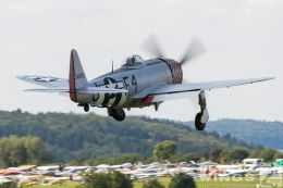 http://www.flying-wings.com/plugins/content/sige/plugin_sige/showthumb.php?img=/images/airshows/19_Hahnweide/bunt_9/Hahnweide19_P-47-5732_Zeitler.jpg&width=260&height=300&quality=80&ratio=1&crop=0&crop_factor=50&thumbdetail=0