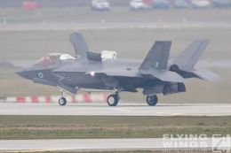 http://www.flying-wings.com/plugins/content/sige/plugin_sige/showthumb.php?img=/images/airshows/19_Marham/F-35B3/_F-35B-9320_Zeitler.jpg&width=260&height=300&quality=80&ratio=1&crop=0&crop_factor=50&thumbdetail=0