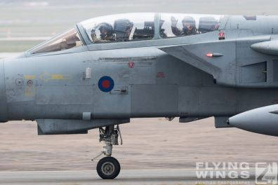 http://www.flying-wings.com/plugins/content/sige/plugin_sige/showthumb.php?img=/images/airshows/19_Marham/Tornado2/RAF_Tornado_GR4_Marham-6777_Zeitler.jpg&width=396&height=300&quality=80&ratio=1&crop=0&crop_factor=50&thumbdetail=0