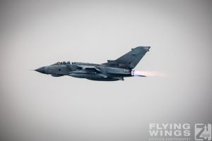 http://www.flying-wings.com/plugins/content/sige/plugin_sige/showthumb.php?img=/images/airshows/19_Marham/final2/RAF_Tornado_GR4_Marham-6897_Zeitler.jpg&width=396&height=300&quality=80&ratio=1&crop=0&crop_factor=50&thumbdetail=0