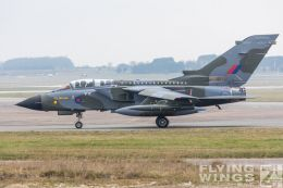 http://www.flying-wings.com/plugins/content/sige/plugin_sige/showthumb.php?img=/images/airshows/19_Marham/gallery/RAF_Tornado_GR4_Marham-6764_Zeitler.jpg&width=260&height=400&quality=80&ratio=1&crop=0&crop_factor=50&thumbdetail=0
