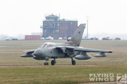 http://www.flying-wings.com/plugins/content/sige/plugin_sige/showthumb.php?img=/images/airshows/19_Marham/gallery/RAF_Tornado_GR4_Marham-6793_Zeitler.jpg&width=260&height=400&quality=80&ratio=1&crop=0&crop_factor=50&thumbdetail=0