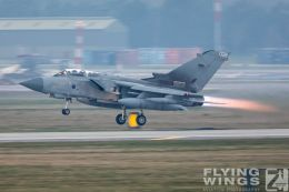 http://www.flying-wings.com/plugins/content/sige/plugin_sige/showthumb.php?img=/images/airshows/19_Marham/gallery/RAF_Tornado_GR4_Marham-6903_Zeitler.jpg&width=260&height=400&quality=80&ratio=1&crop=0&crop_factor=50&thumbdetail=0