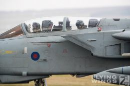 http://www.flying-wings.com/plugins/content/sige/plugin_sige/showthumb.php?img=/images/airshows/19_Marham/gallery/RAF_Tornado_GR4_Marham-9471_Zeitler.jpg&width=260&height=400&quality=80&ratio=1&crop=0&crop_factor=50&thumbdetail=0