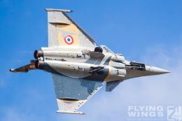 http://www.flying-wings.com/plugins/content/sige/plugin_sige/showthumb.php?img=/images/airshows/19_Melun/AdlA_6/Melun_Rafale_Solo-5081_Zeitler.jpg&width=260&height=300&quality=80&ratio=1&crop=0&crop_factor=50&thumbdetail=0