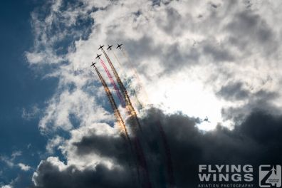 http://www.flying-wings.com/plugins/content/sige/plugin_sige/showthumb.php?img=/images/airshows/19_Melun/Teams_4/Melun_Patrouille_Tranchant-4910_Zeitler.jpg&width=396&height=300&quality=80&ratio=1&crop=0&crop_factor=50&thumbdetail=0