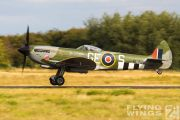 http://www.flying-wings.com/plugins/content/sige/plugin_sige/showthumb.php?img=/images/airshows/19_Melun/gallery/Melun_Spitfire-5546_Zeitler.jpg&width=180&height=200&quality=80&ratio=1&crop=0&crop_factor=50&thumbdetail=0