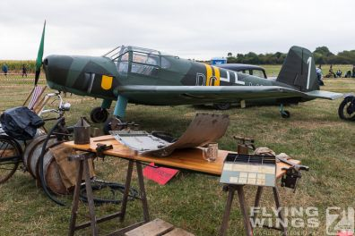 http://www.flying-wings.com/plugins/content/sige/plugin_sige/showthumb.php?img=/images/airshows/19_Melun/reenact_4/Melun_so-2093_Zeitler.jpg&width=396&height=300&quality=80&ratio=1&crop=0&crop_factor=50&thumbdetail=0