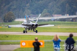 http://www.flying-wings.com/plugins/content/sige/plugin_sige/showthumb.php?img=/images/airshows/20_Meiringen/1/_scenery-8883_Zeitler.jpg&width=260&height=300&quality=80&ratio=1&crop=0&crop_factor=50&thumbdetail=0