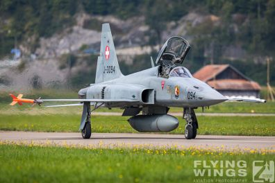 http://www.flying-wings.com/plugins/content/sige/plugin_sige/showthumb.php?img=/images/airshows/20_Meiringen/2/Meiringen_Tiger-8951_Zeitler.jpg&width=396&height=300&quality=80&ratio=1&crop=0&crop_factor=50&thumbdetail=0