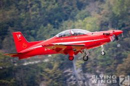 http://www.flying-wings.com/plugins/content/sige/plugin_sige/showthumb.php?img=/images/airshows/20_Meiringen/3/Meiringen_PC-21-8575_Zeitler.jpg&width=260&height=300&quality=80&ratio=1&crop=0&crop_factor=50&thumbdetail=0