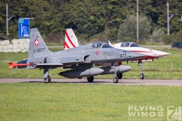 http://www.flying-wings.com/plugins/content/sige/plugin_sige/showthumb.php?img=/images/airshows/20_Meiringen/4/Meiringen_Tiger-0068_Zeitler.jpg&width=260&height=300&quality=80&ratio=1&crop=0&crop_factor=50&thumbdetail=0