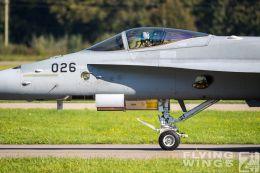http://www.flying-wings.com/plugins/content/sige/plugin_sige/showthumb.php?img=/images/airshows/20_Meiringen/6/Meiringen_Hornet-9933_Zeitler.jpg&width=260&height=300&quality=80&ratio=1&crop=0&crop_factor=50&thumbdetail=0