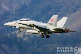 http://www.flying-wings.com/plugins/content/sige/plugin_sige/showthumb.php?img=/images/airshows/20_Meiringen/9/Meiringen_Hornet-8606_Zeitler.jpg&width=260&height=300&quality=80&ratio=1&crop=0&crop_factor=50&thumbdetail=0