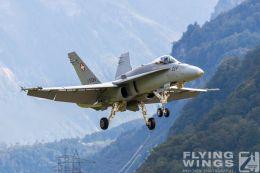 http://www.flying-wings.com/plugins/content/sige/plugin_sige/showthumb.php?img=/images/airshows/20_Meiringen/9/Meiringen_Hornet-9367_Zeitler.jpg&width=260&height=300&quality=80&ratio=1&crop=0&crop_factor=50&thumbdetail=0