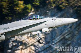 http://www.flying-wings.com/plugins/content/sige/plugin_sige/showthumb.php?img=/images/airshows/20_Meiringen/9/Meiringen_Hornet-9987_Zeitler.jpg&width=260&height=300&quality=80&ratio=1&crop=0&crop_factor=50&thumbdetail=0