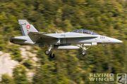 http://www.flying-wings.com/plugins/content/sige/plugin_sige/showthumb.php?img=/images/airshows/20_Meiringen/Gallery/Meiringen_Hornet-0454_Zeitler.jpg&width=180&height=200&quality=80&ratio=1&crop=0&crop_factor=50&thumbdetail=0