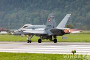 http://www.flying-wings.com/plugins/content/sige/plugin_sige/showthumb.php?img=/images/airshows/20_Meiringen/Gallery/Meiringen_Hornet-8177_Zeitler.jpg&width=180&height=200&quality=80&ratio=1&crop=0&crop_factor=50&thumbdetail=0
