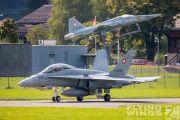http://www.flying-wings.com/plugins/content/sige/plugin_sige/showthumb.php?img=/images/airshows/20_Meiringen/Gallery/Meiringen_Hornet-8556_Zeitler.jpg&width=180&height=200&quality=80&ratio=1&crop=0&crop_factor=50&thumbdetail=0