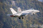 http://www.flying-wings.com/plugins/content/sige/plugin_sige/showthumb.php?img=/images/airshows/20_Meiringen/Gallery/Meiringen_Hornet-9941_Zeitler.jpg&width=180&height=200&quality=80&ratio=1&crop=0&crop_factor=50&thumbdetail=0