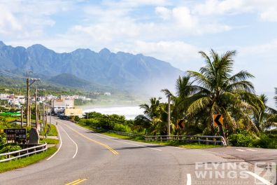 http://www.flying-wings.com/plugins/content/sige/plugin_sige/showthumb.php?img=/images/galleries/19_Taiwan/Hualien_so_6/Taiwan_2019_Tourismus-1307_Zeitler.jpg&width=396&height=300&quality=80&ratio=1&crop=0&crop_factor=50&thumbdetail=0
