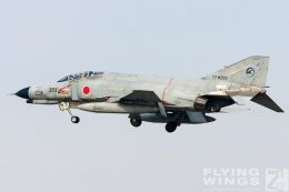 http://www.flying-wings.com/plugins/content/sige/plugin_sige/showthumb.php?img=/images/galleries/21_Japan_Phantoms/Gifu1/20051114-Japan_Komaki-6922_Zeitler.jpg&width=260&height=300&quality=80&ratio=1&crop=0&crop_factor=50&thumbdetail=0