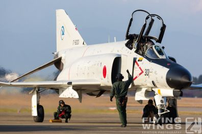 http://www.flying-wings.com/plugins/content/sige/plugin_sige/showthumb.php?img=/images/galleries/21_Japan_Phantoms/Gifu2/20141123-Gifu_301-1876_Zeitler.jpg&width=396&height=300&quality=80&ratio=1&crop=0&crop_factor=50&thumbdetail=0