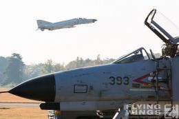 http://www.flying-wings.com/plugins/content/sige/plugin_sige/showthumb.php?img=/images/galleries/21_Japan_Phantoms/Gifu3/20141123-Gifu_301-1920_Zeitler.jpg&width=260&height=300&quality=80&ratio=1&crop=0&crop_factor=50&thumbdetail=0