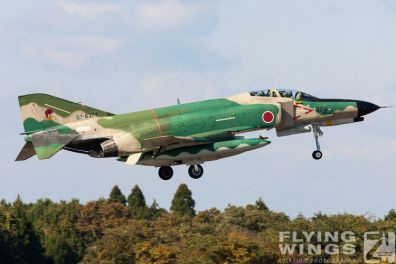 http://www.flying-wings.com/plugins/content/sige/plugin_sige/showthumb.php?img=/images/galleries/21_Japan_Phantoms/Hyakuri1/20051116-Japan_RF-4EJ-7851_Zeitler.jpg&width=396&height=300&quality=80&ratio=1&crop=0&crop_factor=50&thumbdetail=0