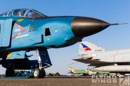 http://www.flying-wings.com/plugins/content/sige/plugin_sige/showthumb.php?img=/images/galleries/21_Japan_Phantoms/Hyakuri2/20151025-Hyakuri_static-7470_Zeitler.jpg&width=260&height=300&quality=80&ratio=1&crop=0&crop_factor=50&thumbdetail=0