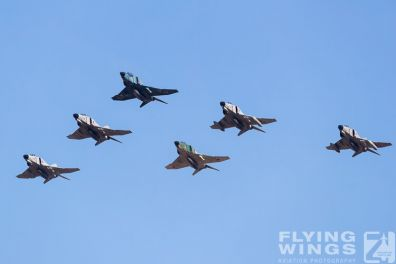 http://www.flying-wings.com/plugins/content/sige/plugin_sige/showthumb.php?img=/images/galleries/21_Japan_Phantoms/Hyakuri3/20181201-Hyakuri_Airshow_Formation-8705_Zeitler.jpg&width=396&height=300&quality=80&ratio=1&crop=0&crop_factor=50&thumbdetail=0