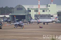 http://www.flying-wings.com/plugins/content/sige/plugin_sige/showthumb.php?img=/images/galleries/21_Japan_Phantoms/Hyakuri4/20111025-Hyakuri_F-4EJ-1213_Zeitler.jpg&width=260&height=300&quality=80&ratio=1&crop=0&crop_factor=50&thumbdetail=0