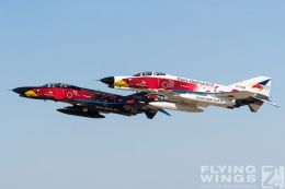 http://www.flying-wings.com/plugins/content/sige/plugin_sige/showthumb.php?img=/images/galleries/21_Japan_Phantoms/Hyakuri4/20181201-Hyakuri_Airshow_Specials-8940_Zeitler.jpg&width=260&height=300&quality=80&ratio=1&crop=0&crop_factor=50&thumbdetail=0