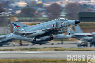 http://www.flying-wings.com/plugins/content/sige/plugin_sige/showthumb.php?img=/images/galleries/21_Japan_Phantoms/Komatsu1/20141116-Komatsu_F-4-9297_Zeitler.jpg&width=396&height=300&quality=80&ratio=1&crop=0&crop_factor=50&thumbdetail=0