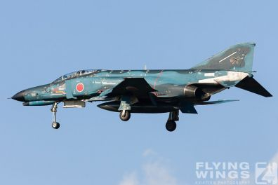 http://www.flying-wings.com/plugins/content/sige/plugin_sige/showthumb.php?img=/images/galleries/21_Japan_Phantoms/Misawa1/20051101-Japan_Phantom-0920_Zeitler.jpg&width=396&height=300&quality=80&ratio=1&crop=0&crop_factor=50&thumbdetail=0