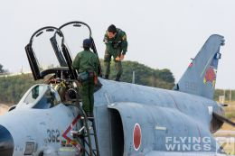 http://www.flying-wings.com/plugins/content/sige/plugin_sige/showthumb.php?img=/images/galleries/21_Japan_Phantoms/Naha2/20081214-_F-4-1273_Zeitler.jpg&width=260&height=300&quality=80&ratio=1&crop=0&crop_factor=50&thumbdetail=0