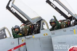 http://www.flying-wings.com/plugins/content/sige/plugin_sige/showthumb.php?img=/images/galleries/21_Japan_Phantoms/Naha2/20081214-_F-4-2678_Zeitler.jpg&width=260&height=300&quality=80&ratio=1&crop=0&crop_factor=50&thumbdetail=0