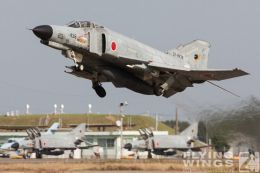http://www.flying-wings.com/plugins/content/sige/plugin_sige/showthumb.php?img=/images/galleries/21_Japan_Phantoms/Nyuta1/20051108-Japan_F-4-4277_Zeitler.jpg&width=260&height=300&quality=80&ratio=1&crop=0&crop_factor=50&thumbdetail=0